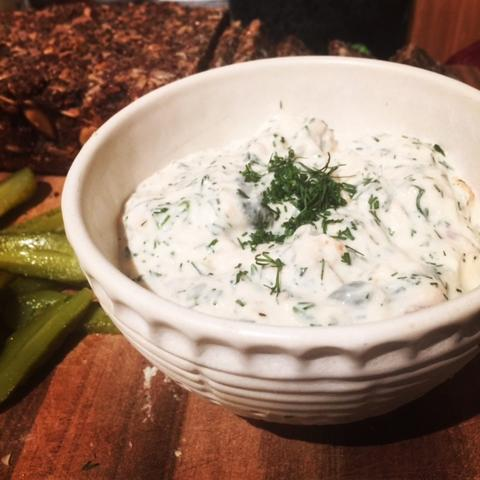 Smoked Salmon, Dill and Caper Dip – Super Quick To Make